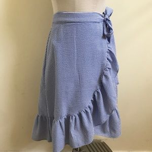 DivIDeD H&M striped wrap- around tie front skirt
